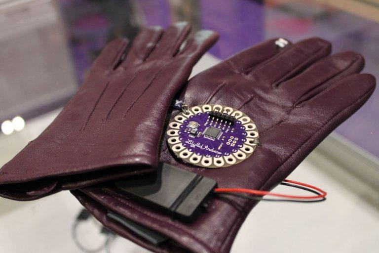 Gloves-1050x700